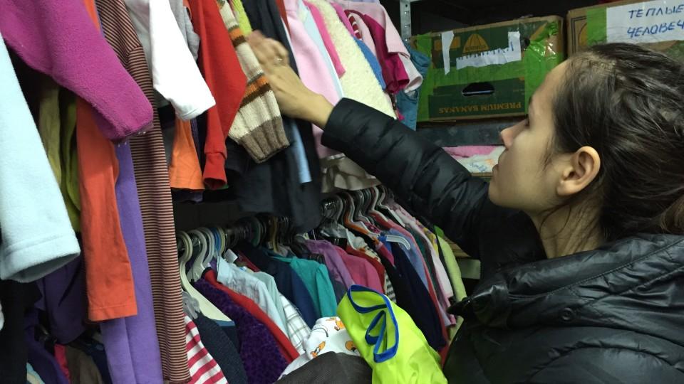 Kinderkleidung ist bei den Binnenflüchtlingen besonders begehrt.