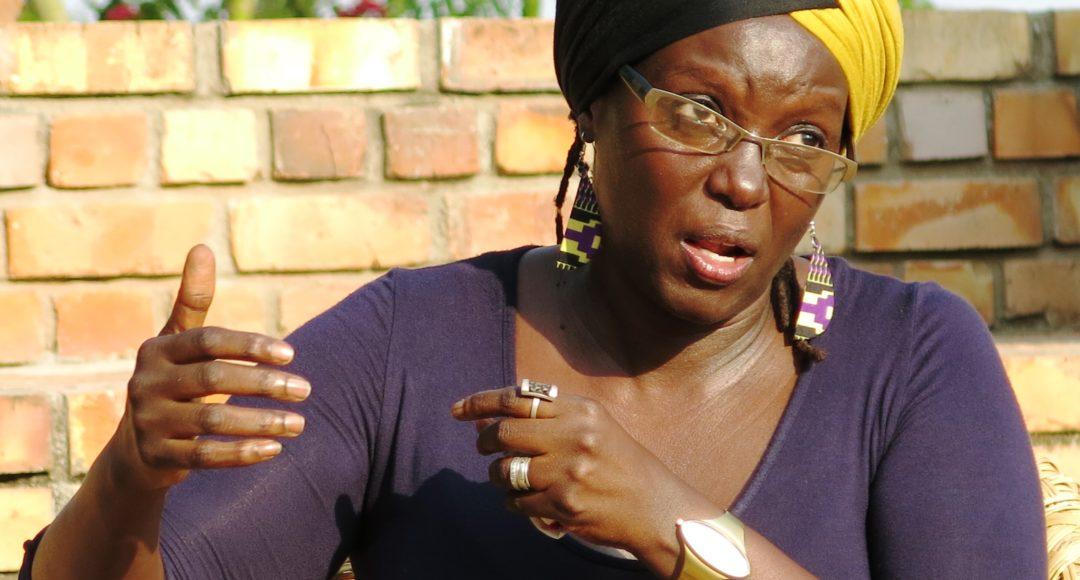 ugandische frauen mit großen vaginas